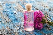 Red clovers flowers essence