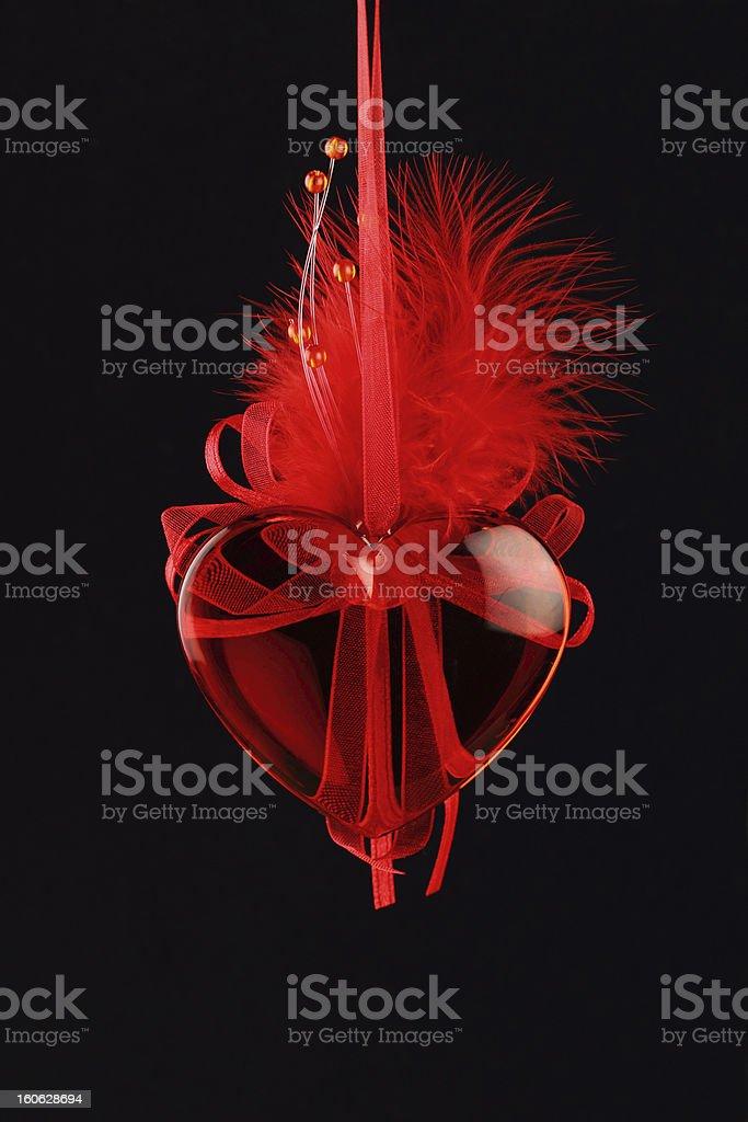赤いガラスのハートにブラック ロイヤリティフリーストックフォト