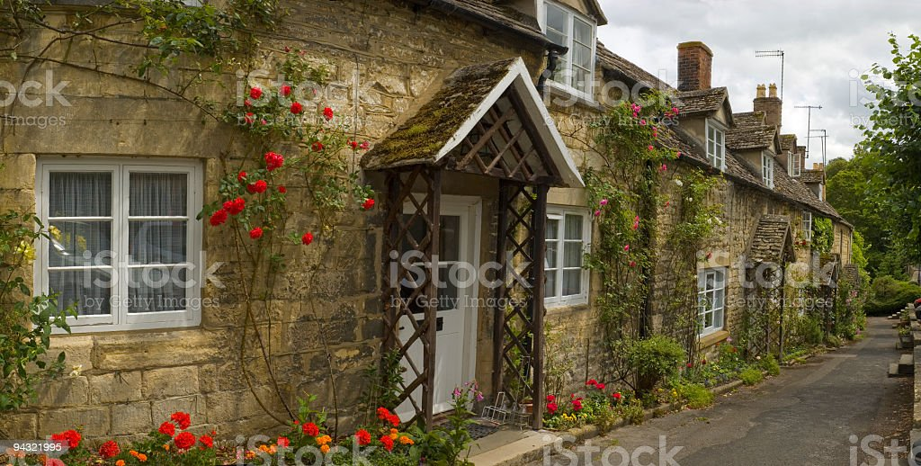 Red rose cottage royalty-free stock photo