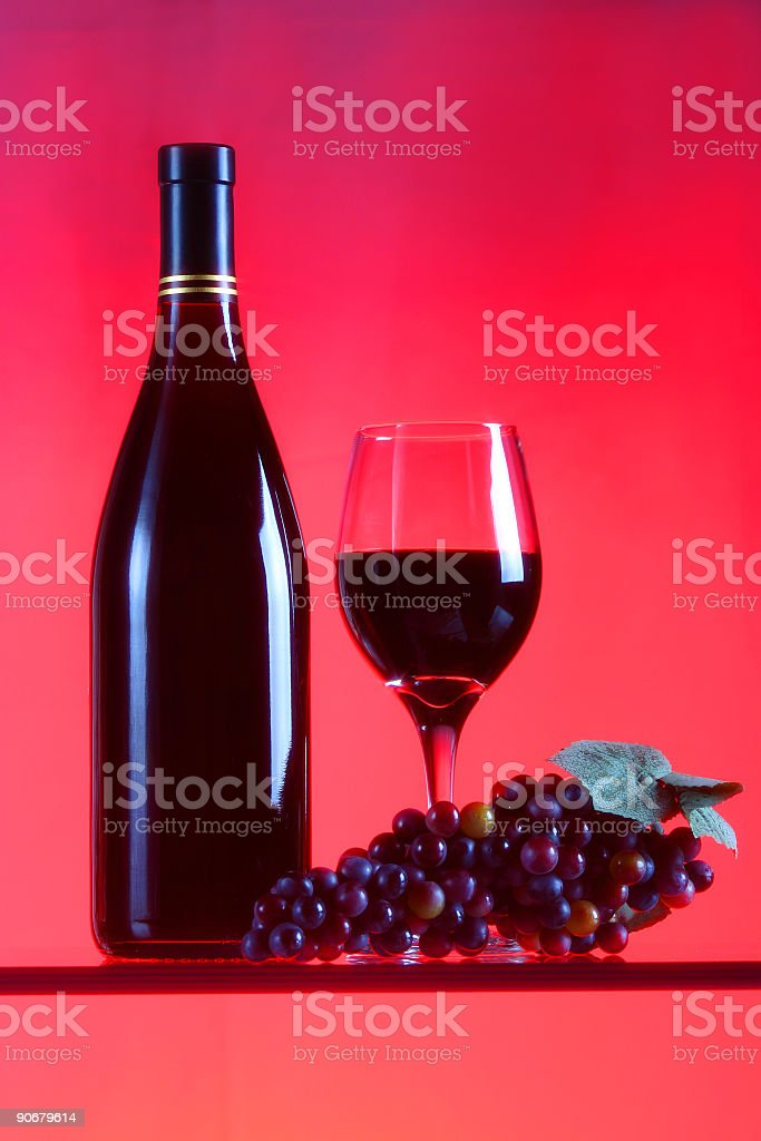 Red Wine and grape cluster royalty-free stock photo