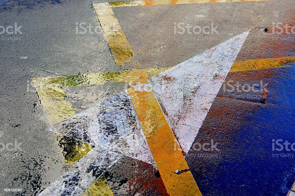 reflejo de luces en el asfalto royalty-free stock photo