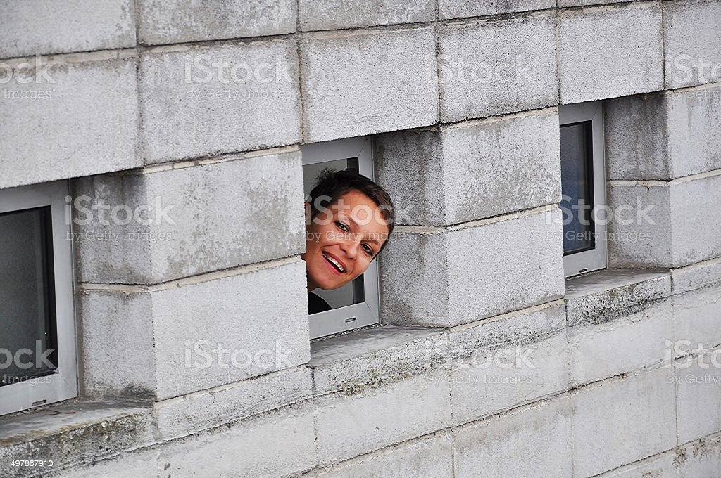 Regarder par la fenêtre, Brique, Structure bâtie, Vue en plongée stock photo
