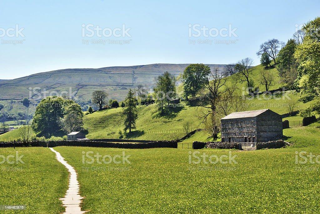 Remote farm track in Yorkshire Dales stock photo