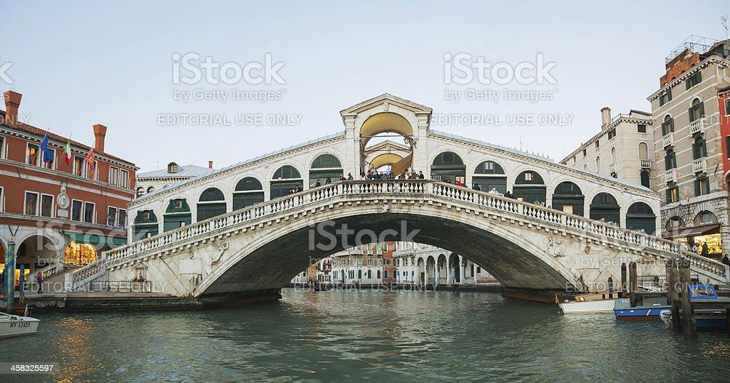 Rialto Bridge (Ponte Di Rialto) in the evening royalty-free stock photo