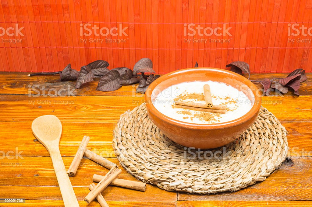 L'arroz con leche bouillant photo libre de droits