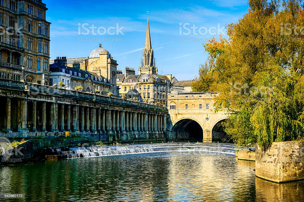 River Avon and Pultney Bridge in Bath, UK stock photo