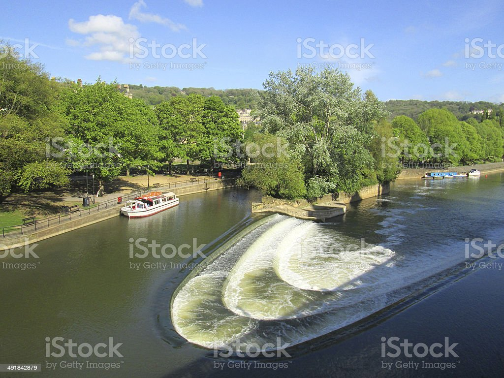 River Avon and weir by Pulteney Bridge, Bath, England, UK stock photo