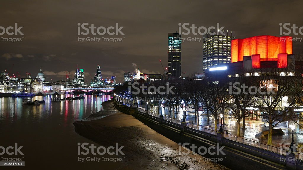 River Thames and Festival pier London at night Lizenzfreies stock-foto