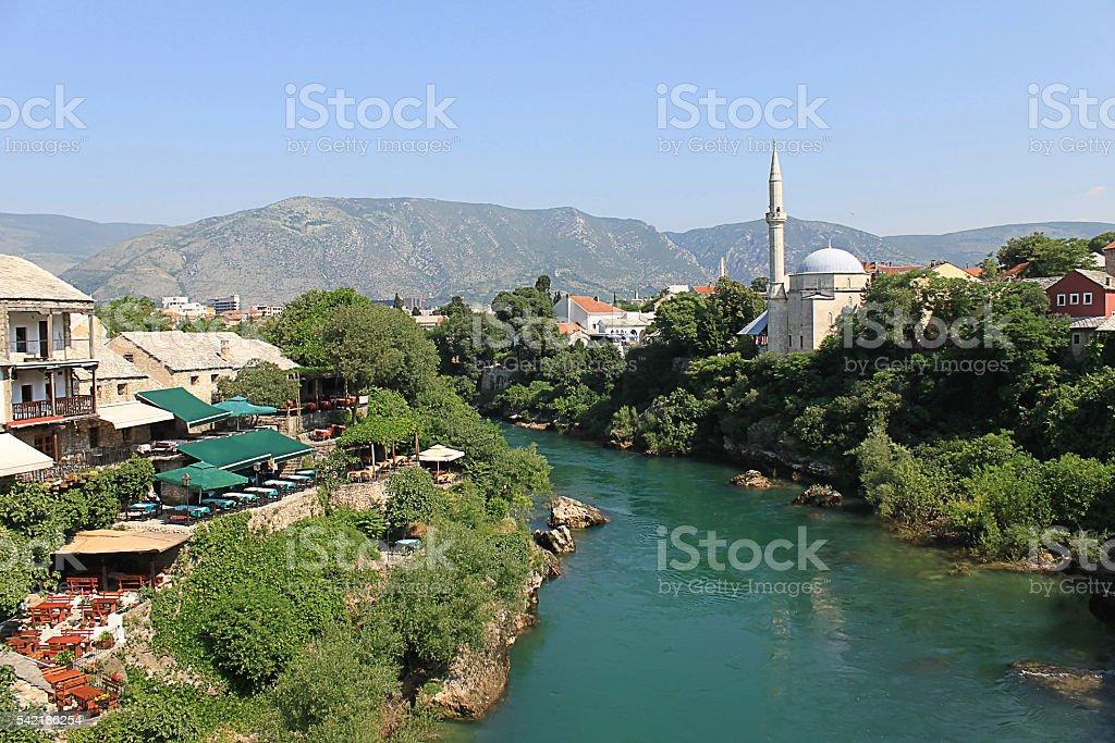 River through city foto stock royalty-free