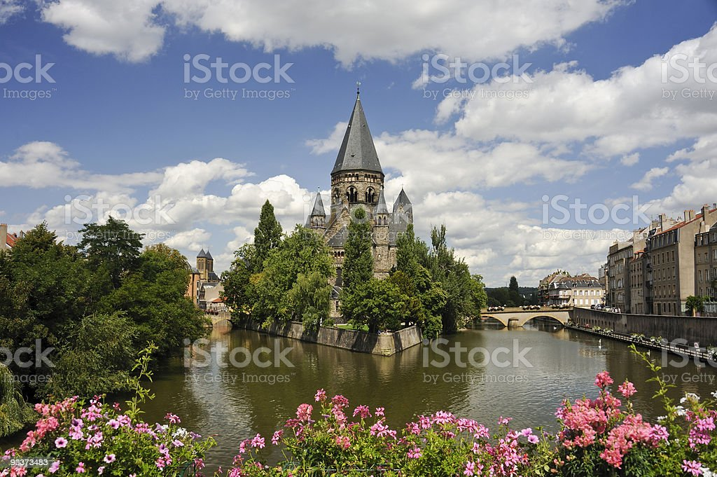 River with cathedral in the center of a fork stock photo