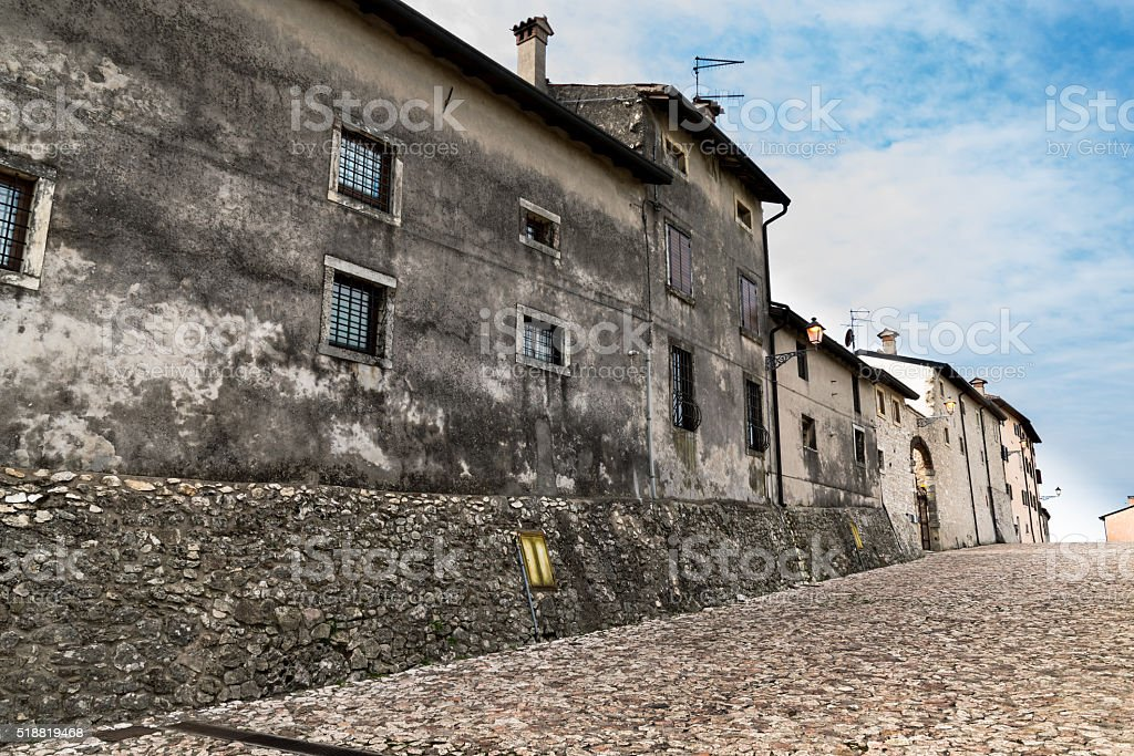 Road leading to the sanctuary of 'Bassanella', Soave, Italy. stock photo