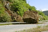 rock on the road - earthquake