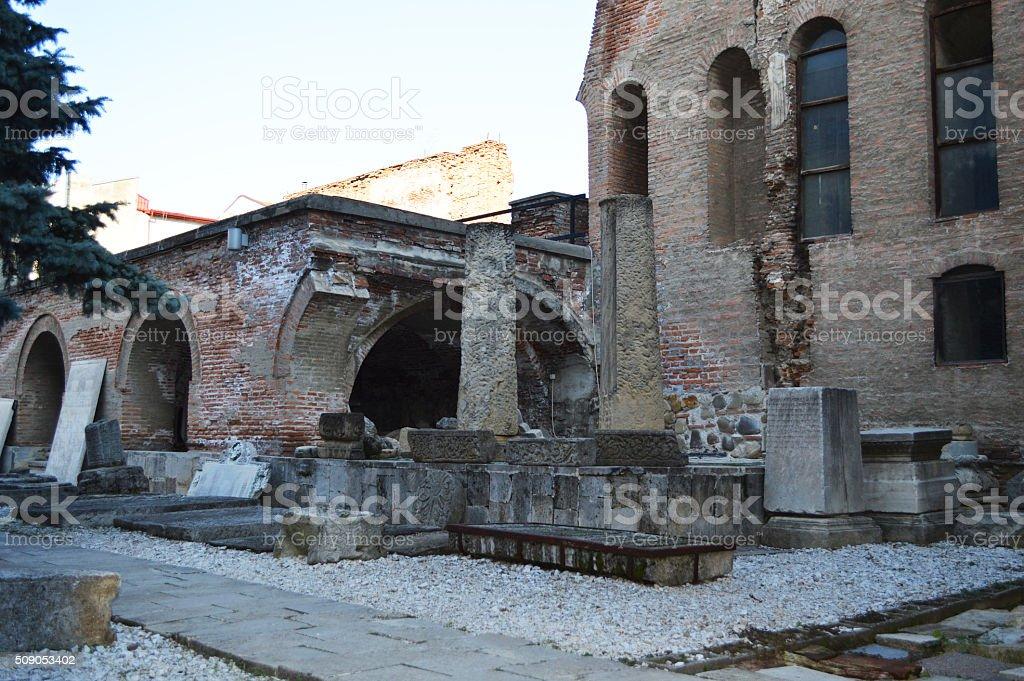 Ruinas romanas en bucarest foto de stock libre de derechos