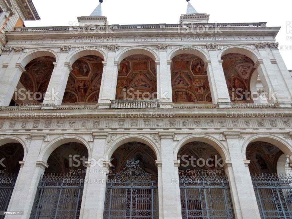 Roma -Facciata laterale della basilica di San Giovanni in Laterano stock photo