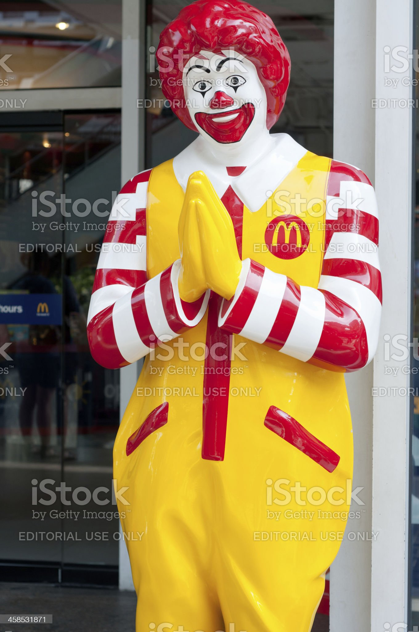 Ronald Mcdonald Performing The Wai Greeting In Thailand royalty-free stock photo