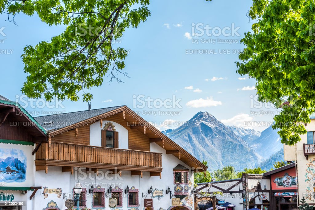 Rooftops of Bavarian Village in Washington with restaurants and mountains stock photo