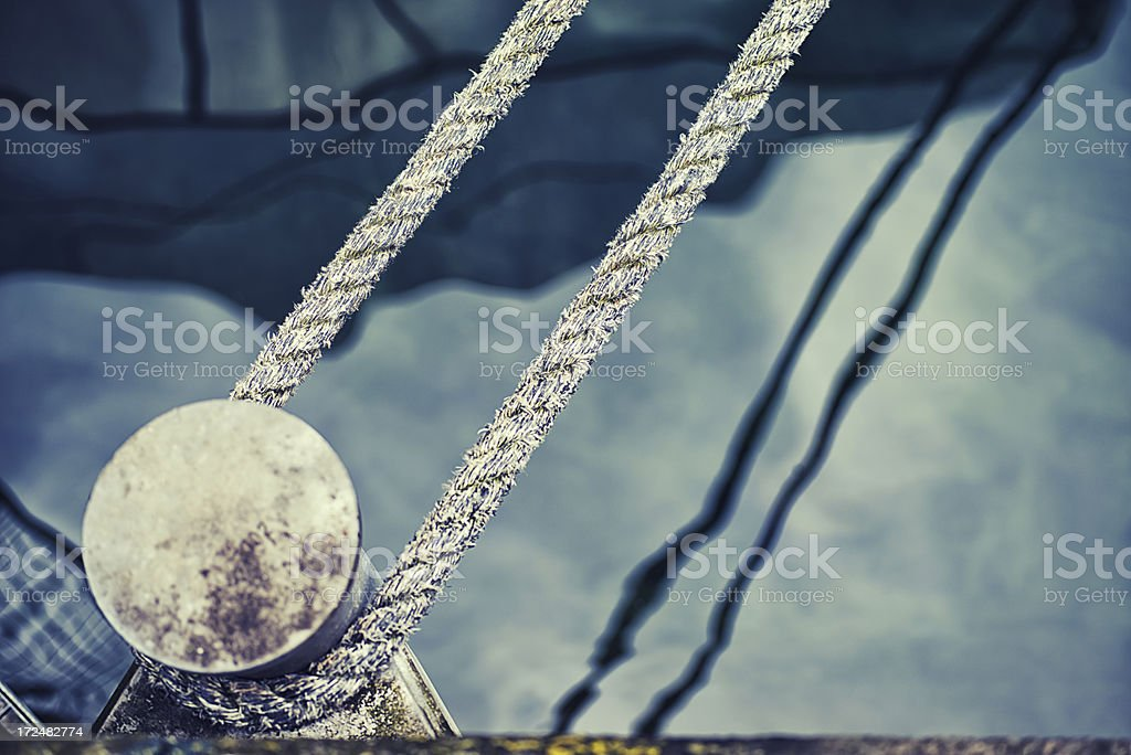 rope on a bollard royalty-free stock photo