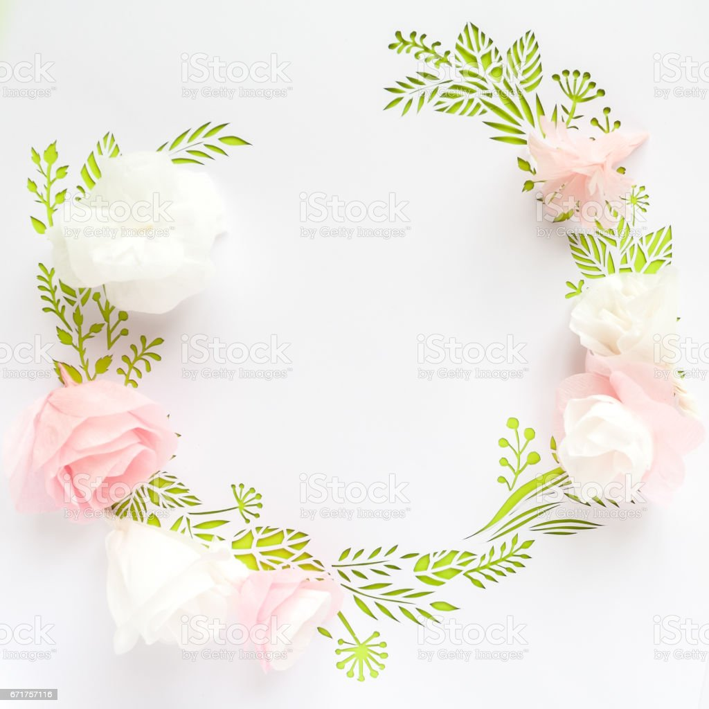 Round Frame With Color Paper Flowers Stock Photo 671757116 Istock