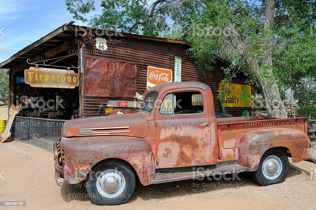 Route 66, Hackberry, AZ, old-timer pick-up car stock photo