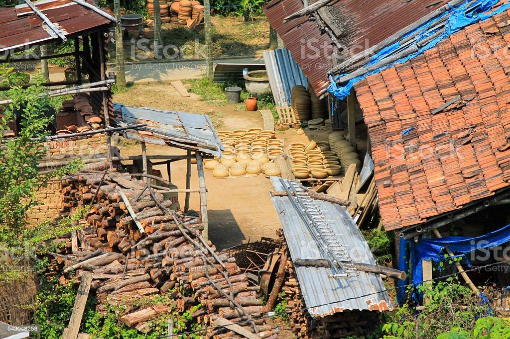 Rural House in Vietnam that produces Clay pots. photo libre de droits