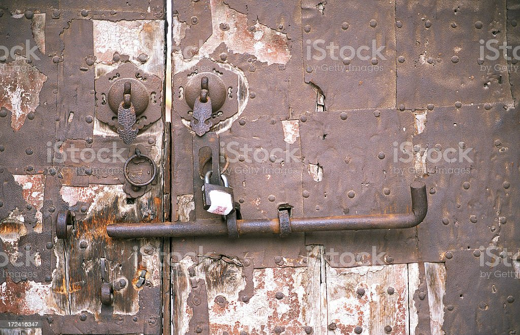 Rusty Door rusty door in the forbidden city stock photo 172416347 | istock