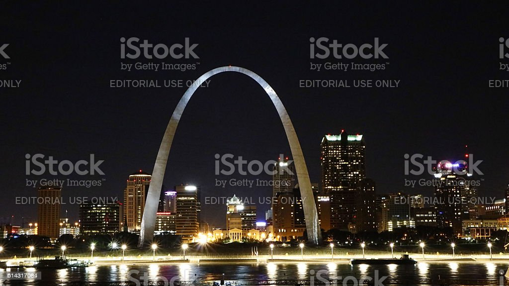 Saint Louis and the Gateway Arch at night stock photo