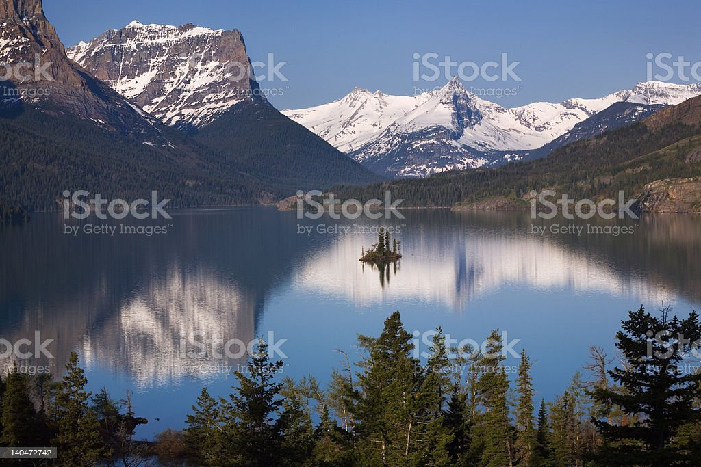Saint Mary Lake, Mountains, and Goose Island, Glacier National Park stock photo