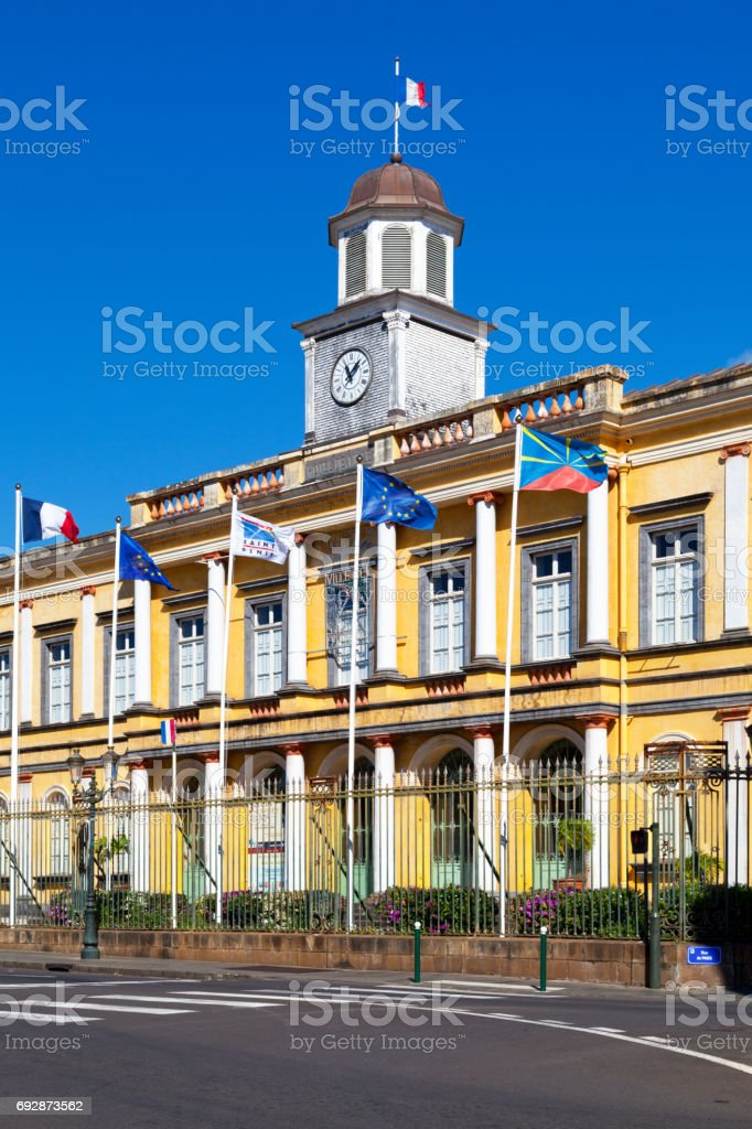 Hôtel de ville de Saint-Denis de la Reunion stock photo