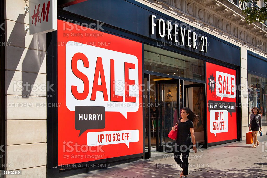 Sale placard in the shop window, London stock photo