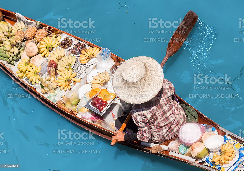 Saleswomen at floating markets in Damnoen Saduak stock photo