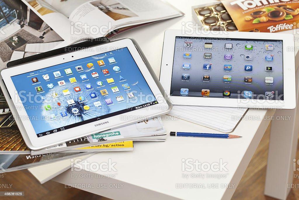Samsung Galaxy Note and Ipad royalty-free stock photo