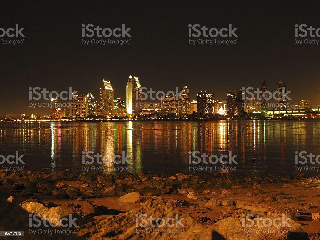 サンディエゴの夜の街並み ロイヤリティフリーストックフォト