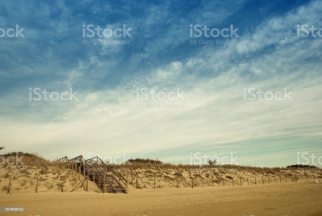 Dunas de arena y - foto de stock