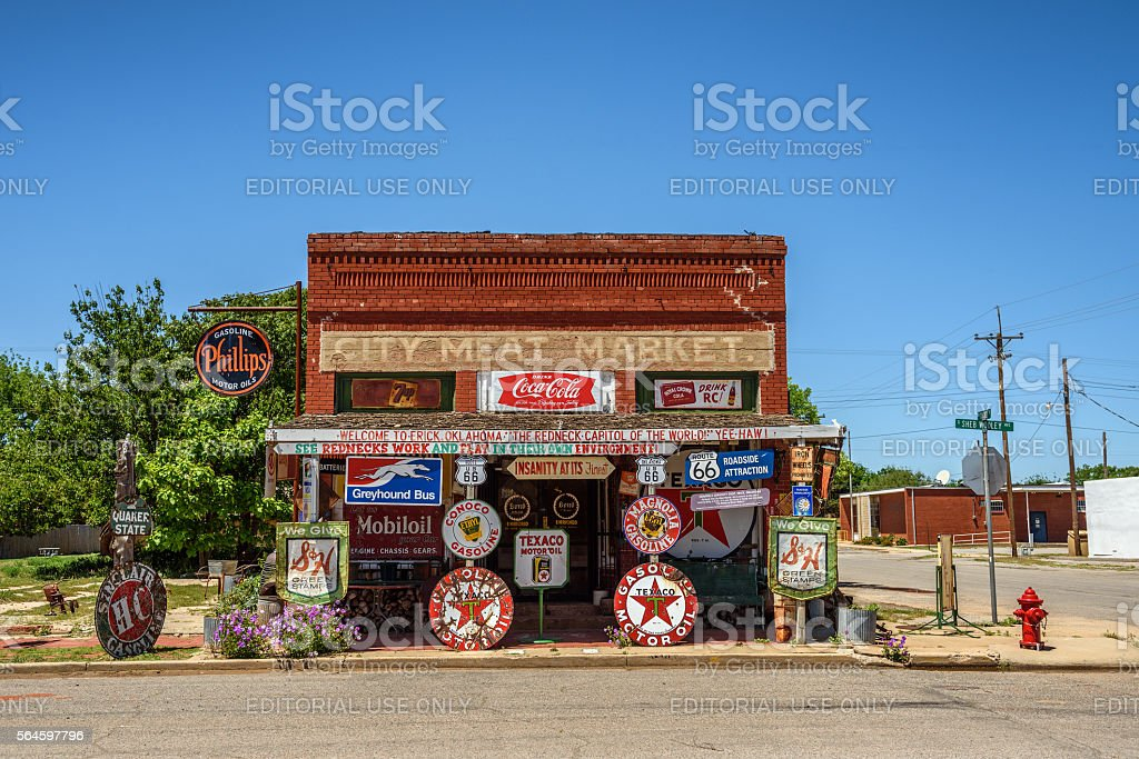 Sandhills Curiosity Shop located in Erick, Oklahoma stock photo