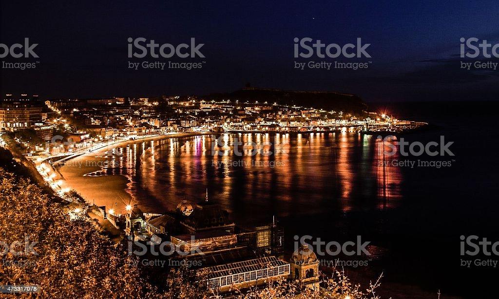 Scarborough South Bay de noche foto de stock libre de derechos