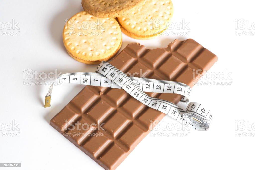 Schokolade, Kekse und ein Messband stock photo