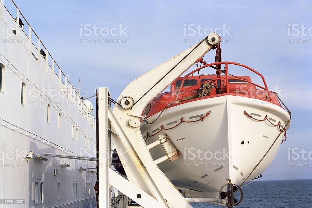 Scialuppa di salvataggio - lifeboat on a large passenger ship stock photo