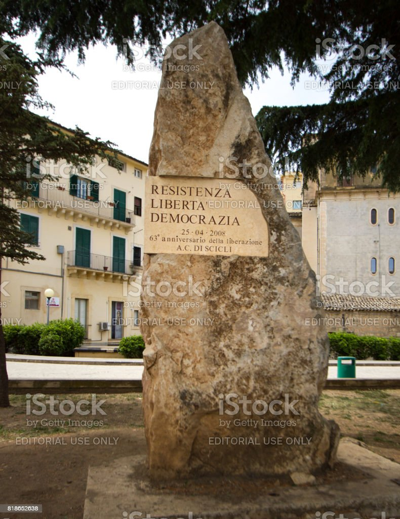 Scicli, Sicily: WWII Memorial Plaque on Tree stock photo