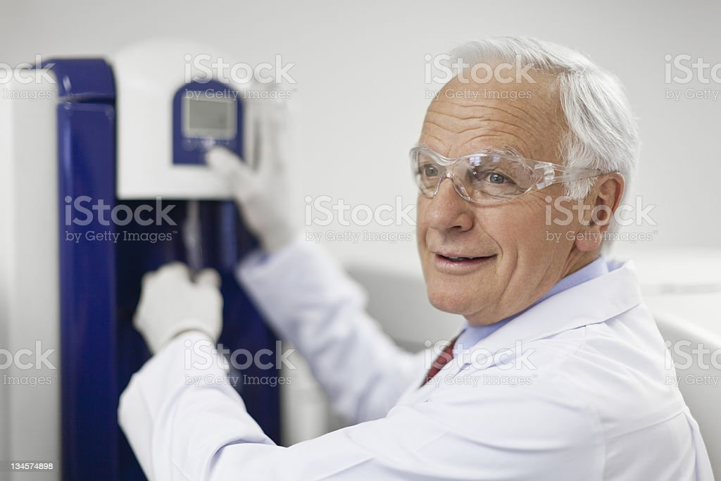 Scientist working in pathology lab royalty-free stock photo