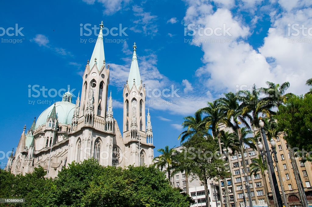 Se Cathedral exterior on bright cloudy day royalty-free stock photo