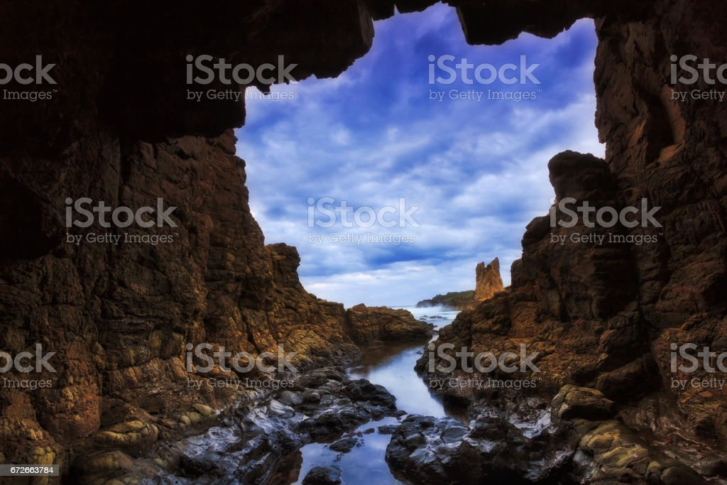 Sea Kiama Cave 02 Hor stock photo