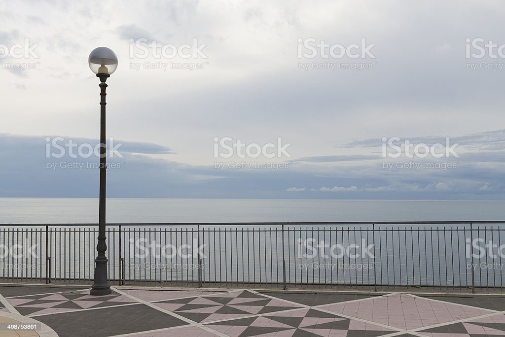 veduta mare con rosa dei venti royalty-free stock photo