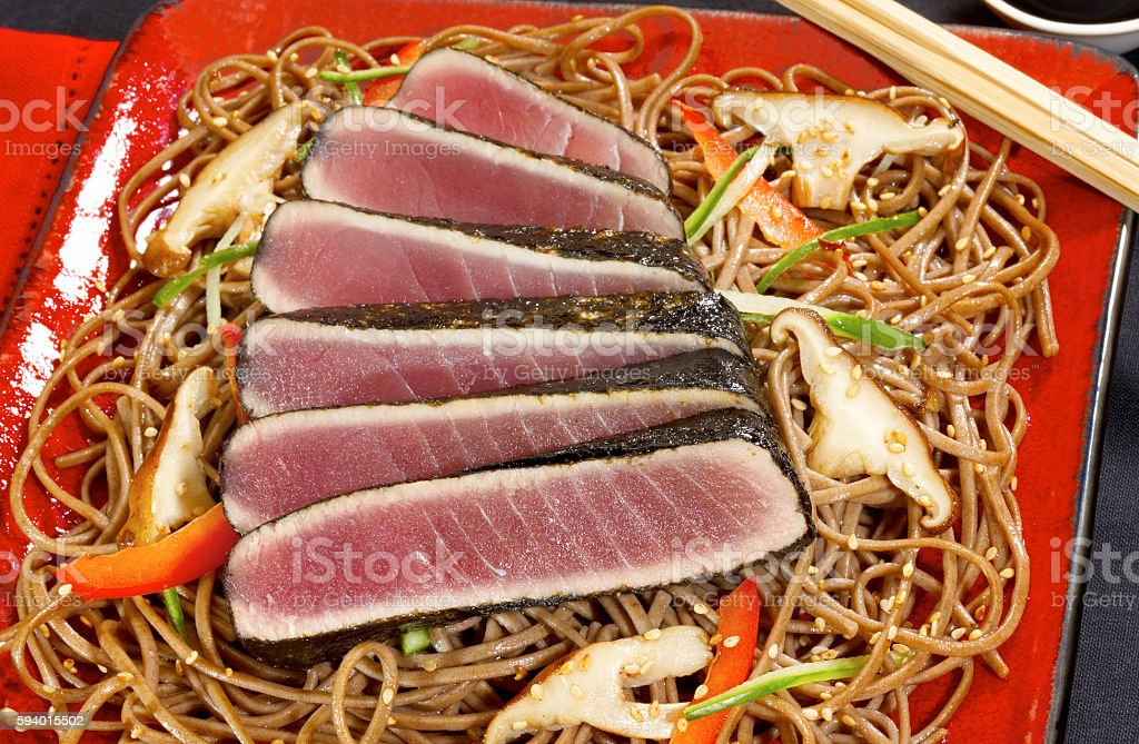 Seaweed seared tuna on lo mein stock photo