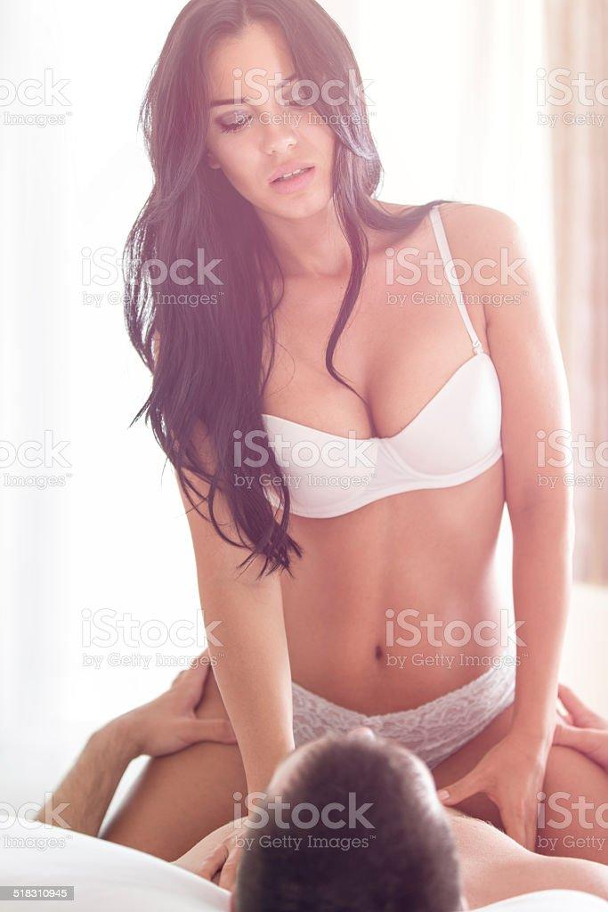 Соблазнительная красавица секс фото 596-35