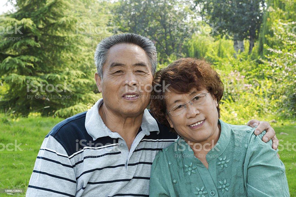 Senior asian couple:smiling royalty-free stock photo