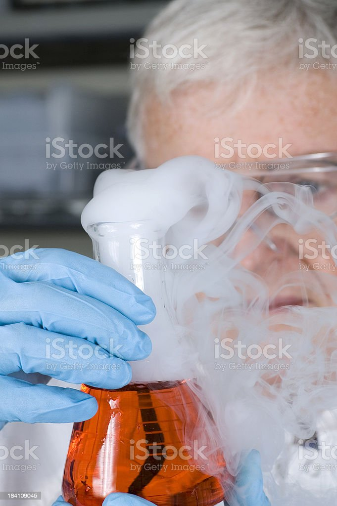 Senior chimico foto stock royalty-free