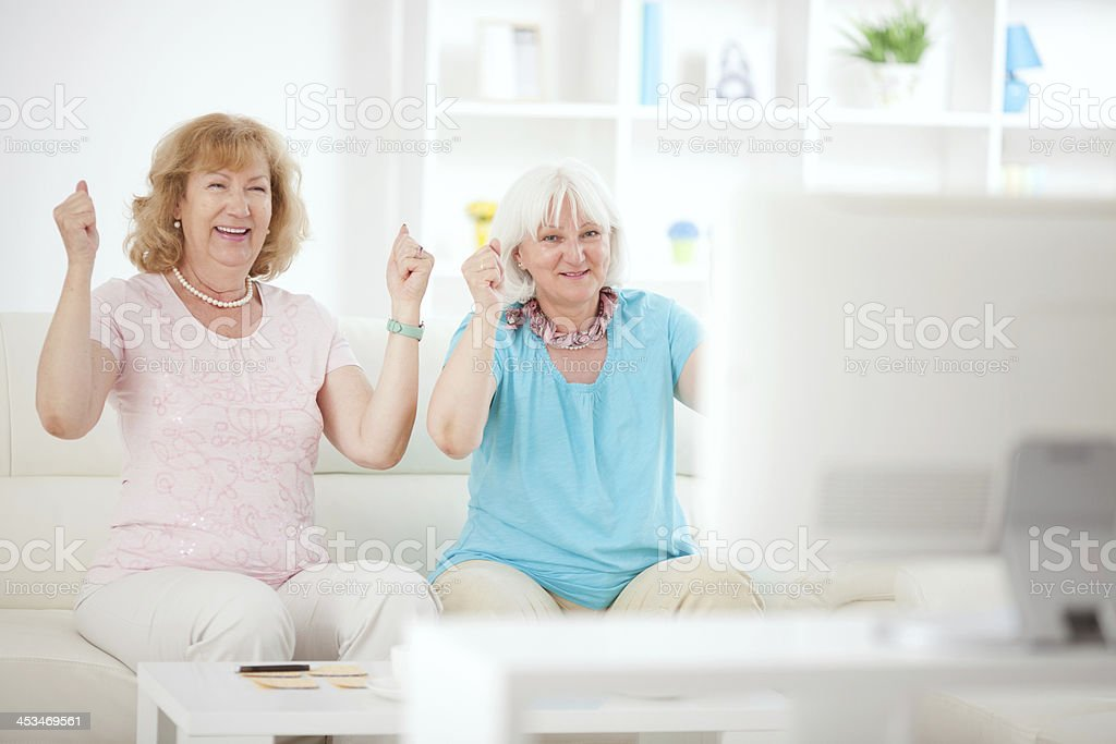 Senior women playing bingo royalty-free stock photo