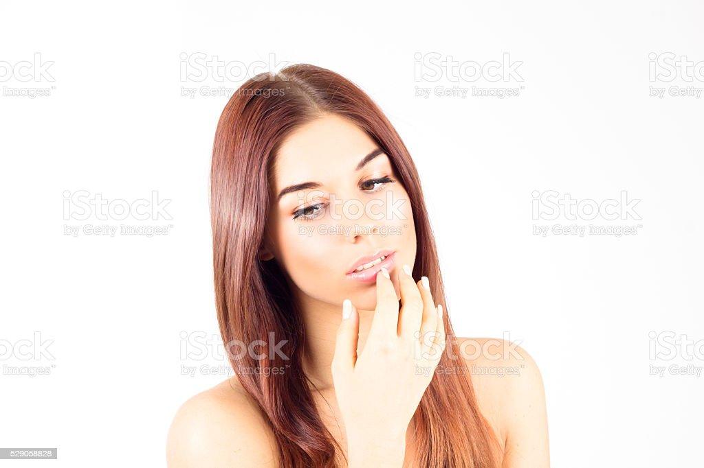 Женщина смотрит на губы фото 214-844