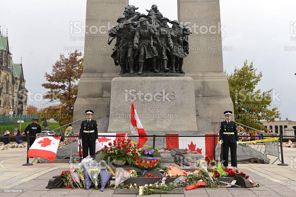 Sentries stand guard at Ottawa Cenotaph stock photo