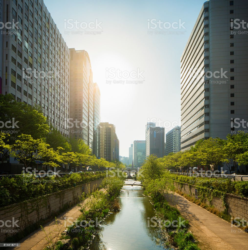 Seoul Cheonggyechon River promenade frontal view with sunset stock photo